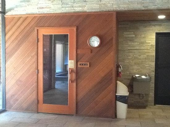 BEST WESTERN PLUS Arroyo Roble Hotel & Creekside Villas: Sauna at Clubhouse