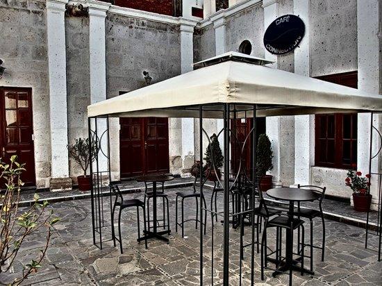 Cafe Connection: Internal patio area