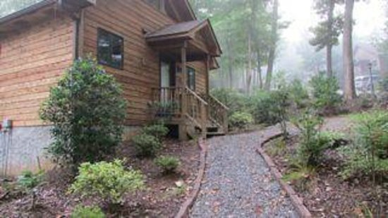 Asheville Cabins of Willow Winds : Sophias Sapphire