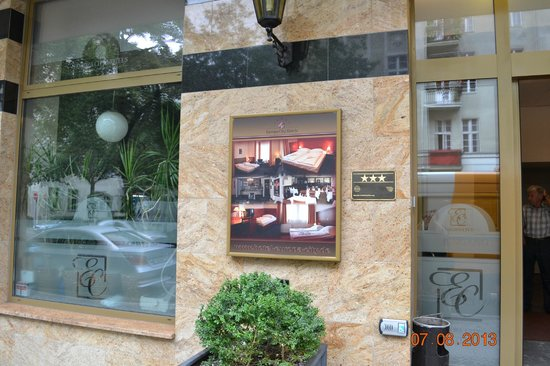 Hotel Europa City: вид с Konstanzer Str