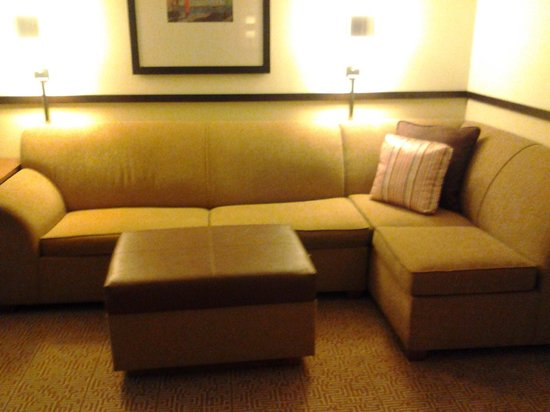 Hyatt Place Pittsburgh/Airport: Large Sectional