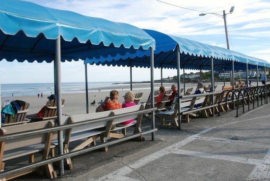 Ogunquit Beach : Sitting area