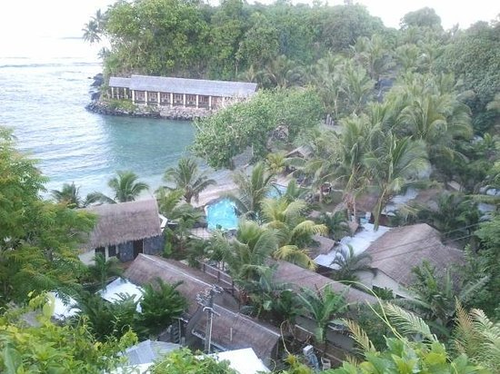 Seabreeze Resort Restaurant: View looking down to the resort..breath taking site of restuarant on the waters edge.