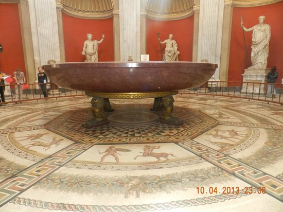 Nero S Red Marble Bath Tub Picture Of Vatican Museums