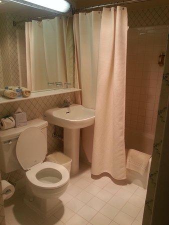 Arc The. Hotel : Bathroom