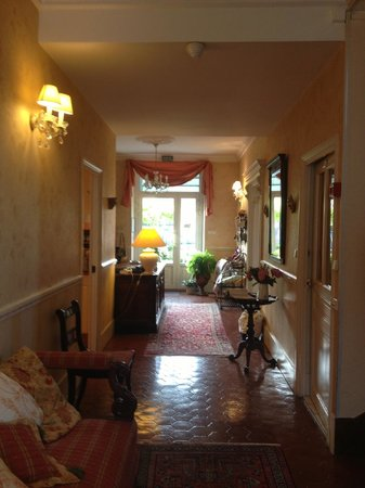 Villa Fleurie : лобби