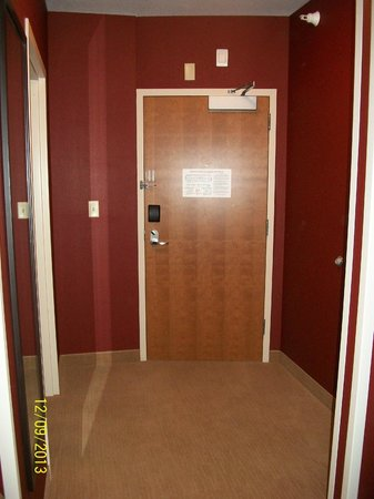 Comfort Suites Helena: Spacious entryway