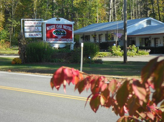 White Oak Motel & Cottages : Classic motor court