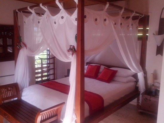 Manta Ray Bed and Breakfast: Beautiful room