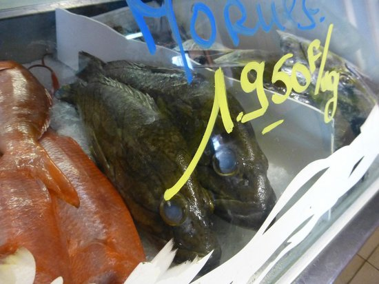 Noumea Morning Market: Lots of seafood