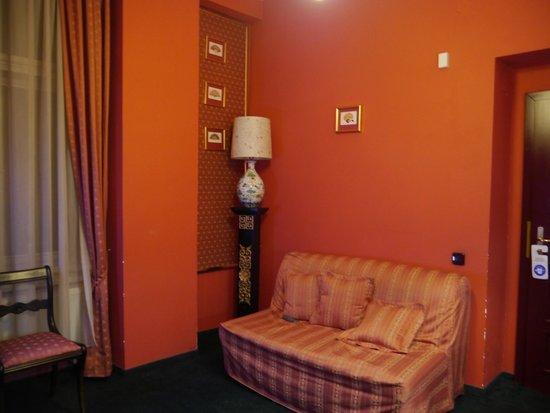 Bohemia Plaza Residence: комната