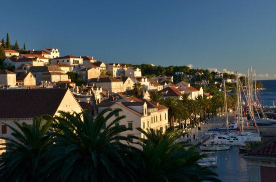 Hotel Park Hvar: Late Afternoon from Balcony