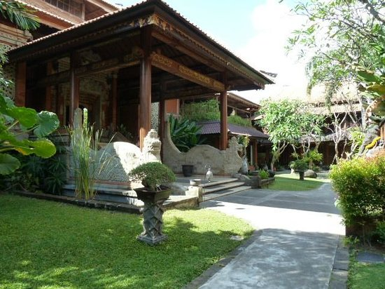 Keraton Jimbaran Beach Resort: Eingangsbereich