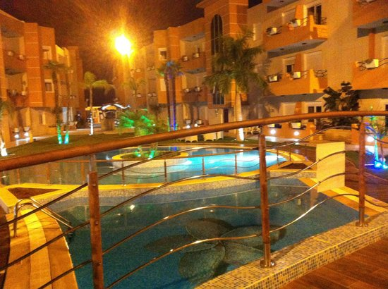 The Dunes Golf and Spa Resort: At night outside rooms