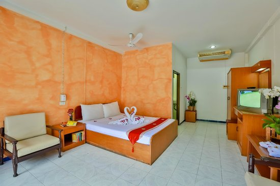 Valero Guest House: bedroom