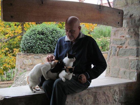 Bloutsos Rooms: Meteora'da bir manastır ziyareti