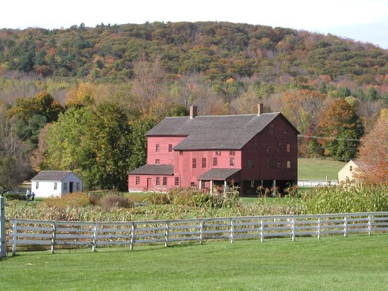 Best Western Plus Berkshire Hills Inn & Suites: The Shaker Village