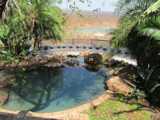 Victoria Falls Safari Lodge: Pool