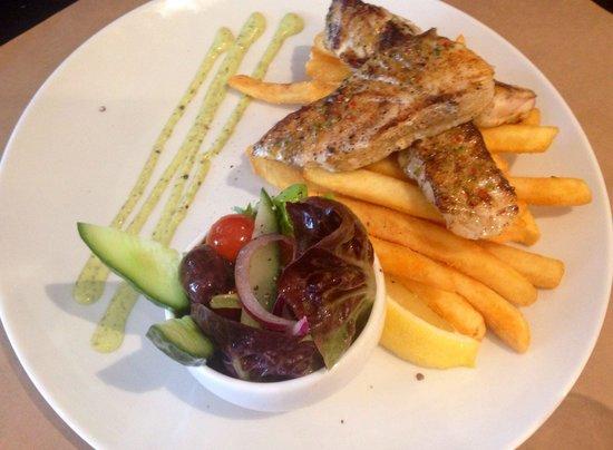 Cardone's Seafood & Grill: NT Barramundi