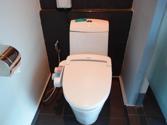 Bliss Boutique Hotel: Toilet