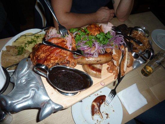 Gilden im Zims: Vassoio di carne mista