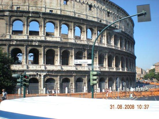 Rome, Italy: coliseo romano