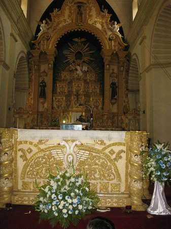St. Alex Church: Altar - During Ascension