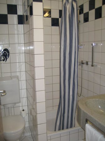 Hotel Christophe Colomb: Bagno