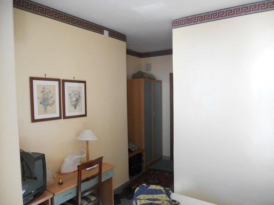 Hotel Eden Riviera: la chambre