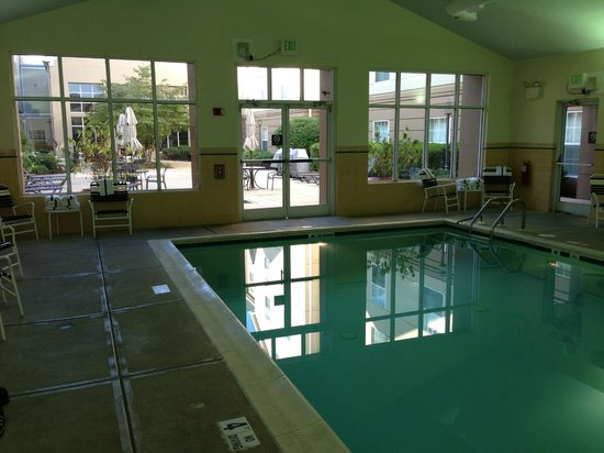 Homewood Suites by Hilton Philadelphia Great Valley: Swimming pool