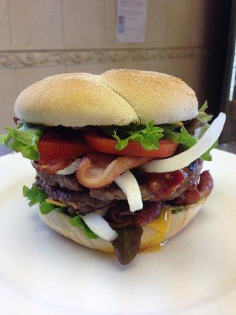 King Loui's: Half Pound King Louis Burger