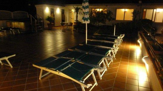 Hotel Villa Sirena: solarium