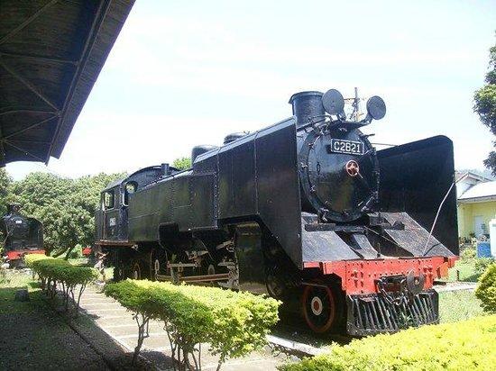 Ambarawa, Indonesien: Lokomotif KA Kuno