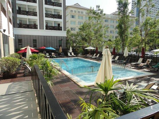 Ibis Pattaya: swimming pool