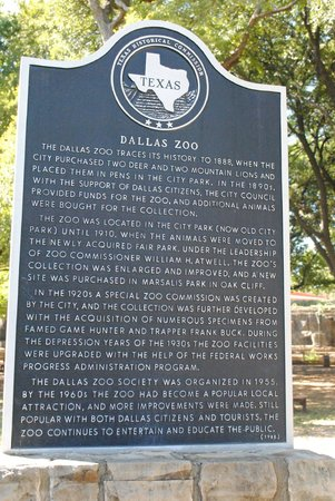 Dallas Zoo : been around a long while!