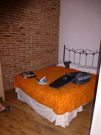 Waters II Apartments: bedroom 2