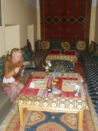 Palmeraie Guesthouse: tea anyone?