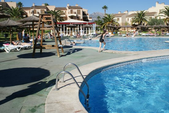 Albir Garden Resort: Grounds area