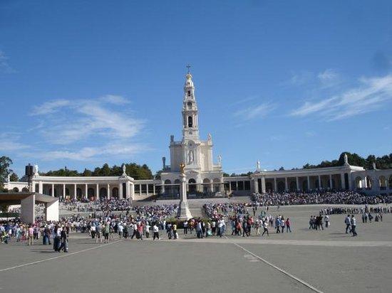 Lux Fatima Hotel: Basílica de Fátima