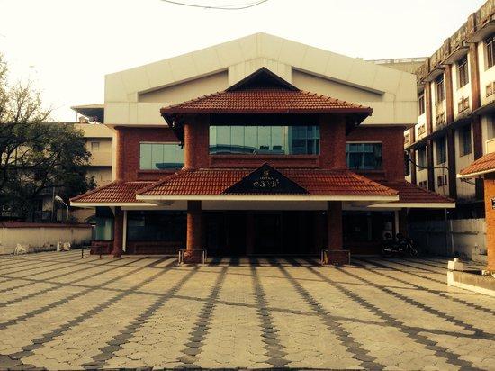 Hotel Sagar : Front View
