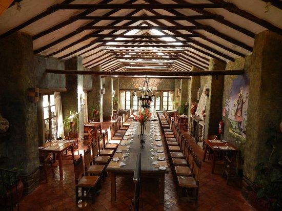 Tunupa Valle Sagrado : Inside down a wing