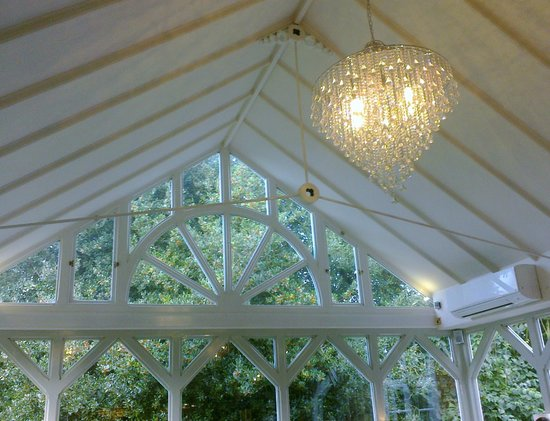 The Moat House: Nice chandelier