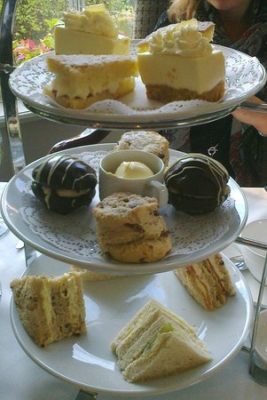The Moat House: Lovely afternoon tea