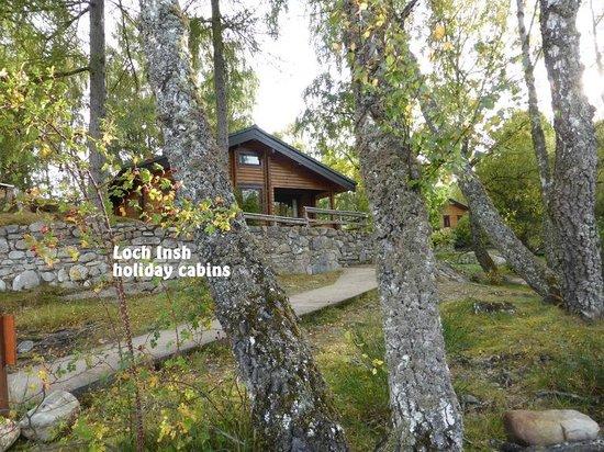 Loch Insh Watersports: pretty log cabin