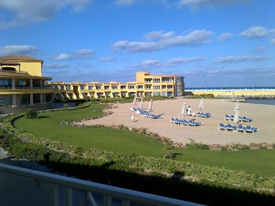 Mediterranean Azur Hotel: Vue de la chambre