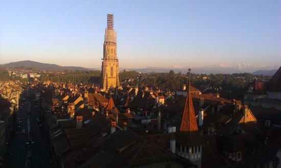 Clock Tower: Blick aus den Dachfenstern
