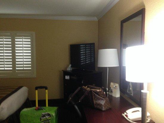 BEST WESTERN PLUS Casino Royale: Twin room