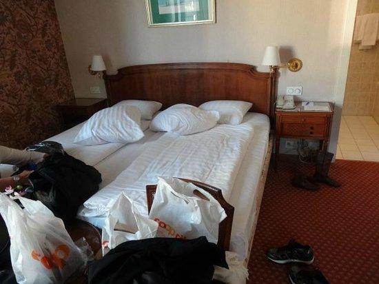 Eden Palace au Lac: O quarto