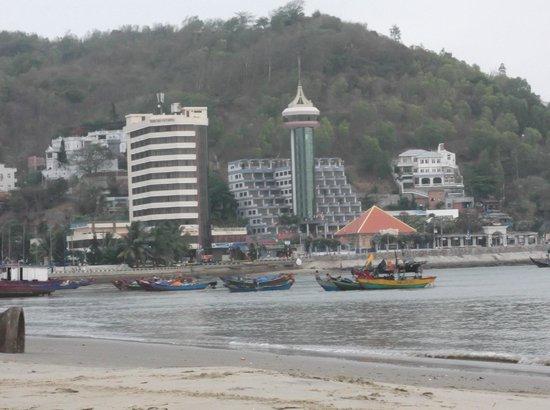 P&T Hotel Vung Tau: вид на отель