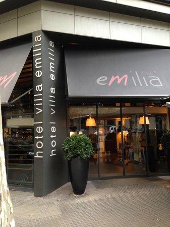 Hotel Villa Emilia: Entrance